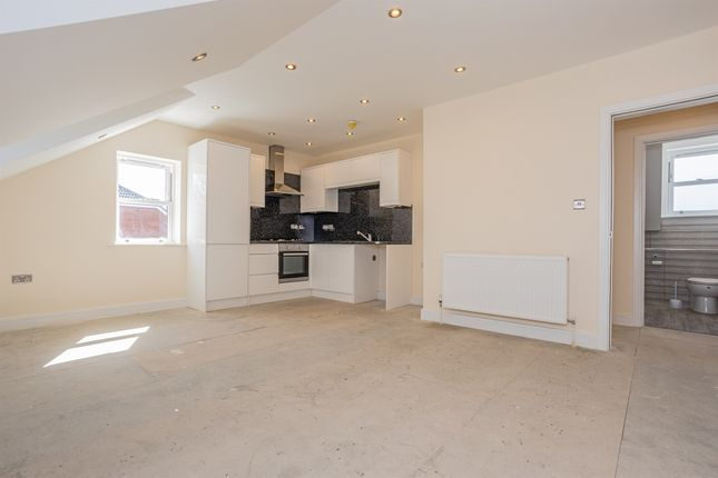 2 bed flat for sale in Queens Road, Bishopsworth, Bristol BS13