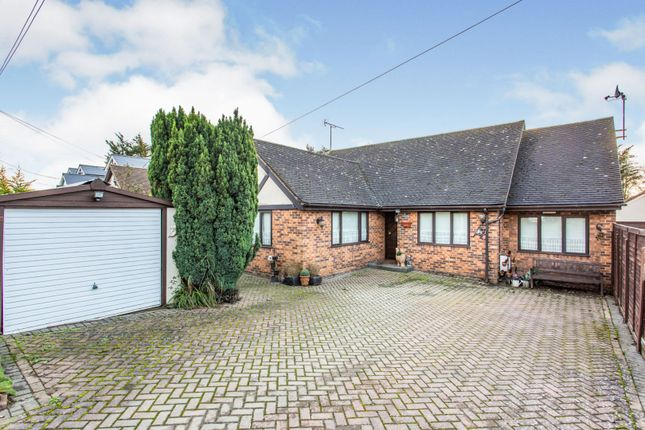 4 bed detached house for sale in Browns Avenue, Wickford SS11