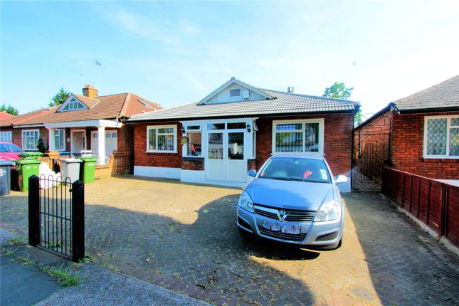 Thumbnail Detached bungalow to rent in Beechcroft Gardens, Wembley