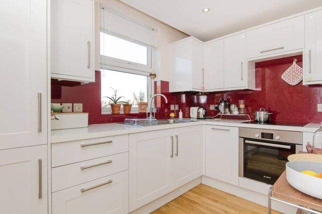 1 bed flat to rent in The Broadway, Wimbledon
