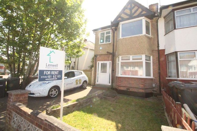 Thumbnail Property to rent in Willow Way, Luton