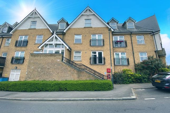 Thumbnail Flat for sale in Tanners Close, Crayford, Dartford