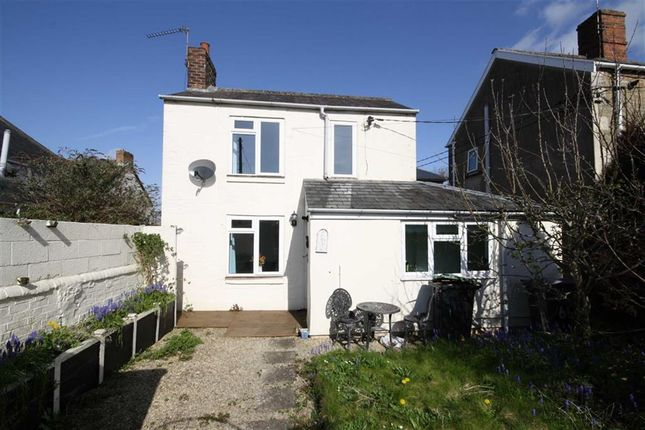 Thumbnail Cottage for sale in London Road, Chippenham, Wiltshire