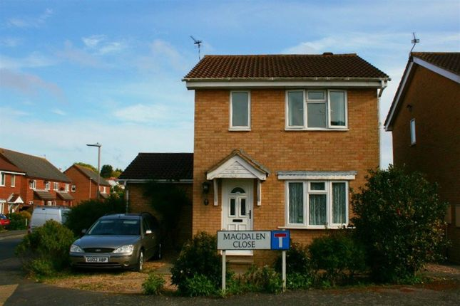 3 bed property to rent in Magdalen Close, Eastbourne