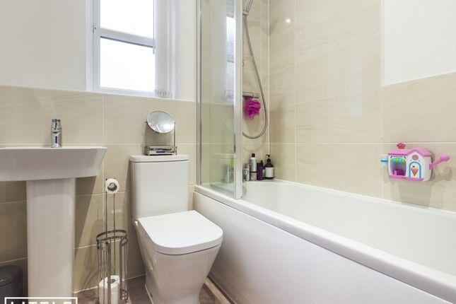 Bathroom of St. Bees Close, St. Helens WA10