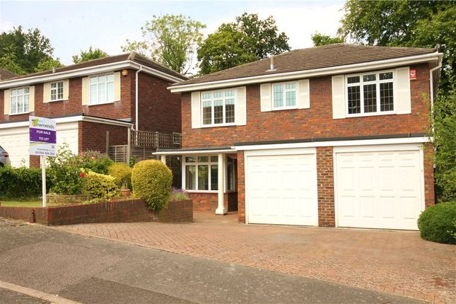5 bed detached house to rent in Lodge Close, Englefield Green