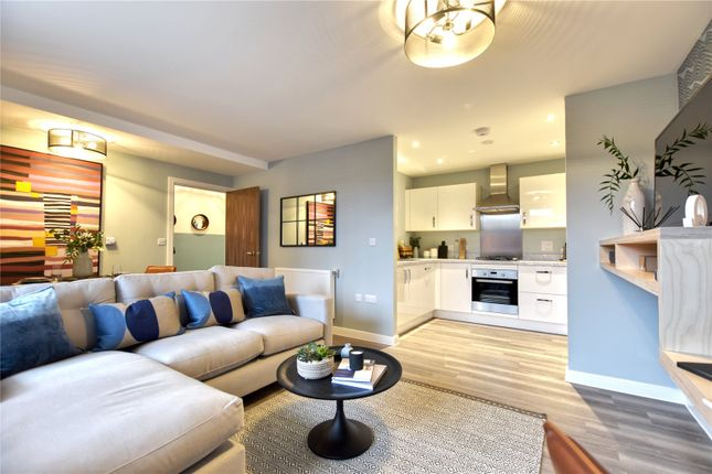 2 bed flat for sale in Lucas Green, Shirley, Solihull, West Midlands B90