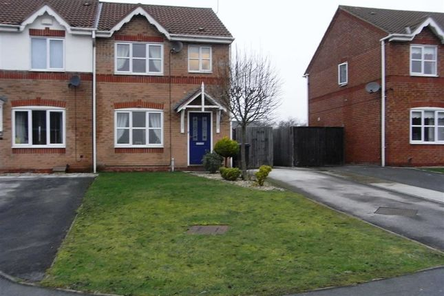 Thumbnail Town house to rent in Forest Walk, Buckley