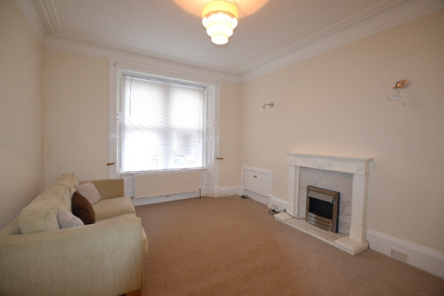 Thumbnail Flat to rent in Sidney Street, Saltcoats, North Ayrshire, 5Db