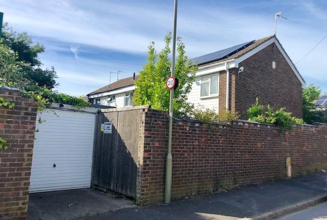 Thumbnail 4 bed property to rent in Thames View Road, Oxford