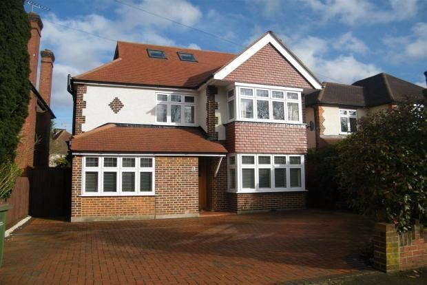 Thumbnail Detached house to rent in Hillmont Road, Esher