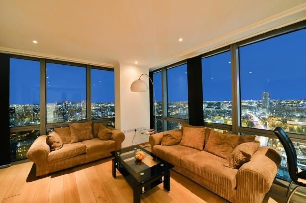 Thumbnail Flat to rent in West India Quay, Hertsmere Road, London