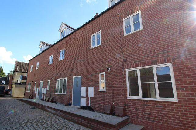 1 bed flat to rent in Westlode Street, Spalding