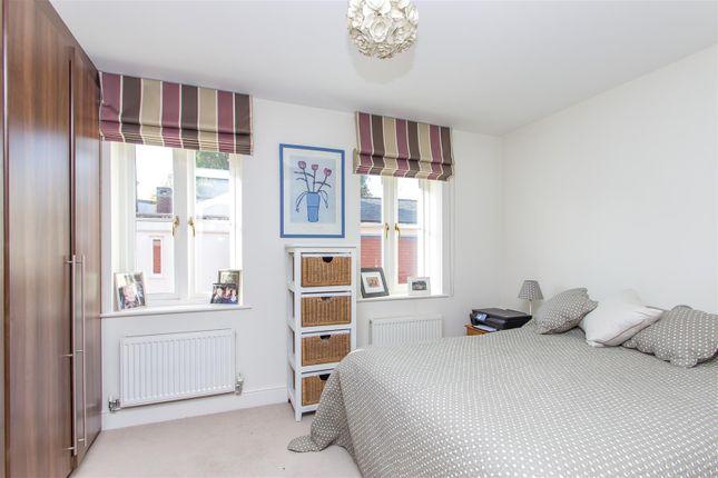 Bedroom 1 of Hosey Hill, Westerham TN16