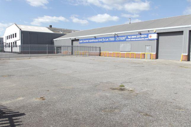 Thumbnail Warehouse to let in Heronsgate Trading Estate, Paycocke Road, Basildon