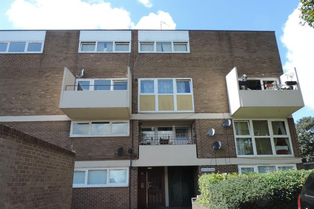 Thumbnail Flat to rent in Joan Of Arc House, Kent Close, Cheylesmore, Coventry