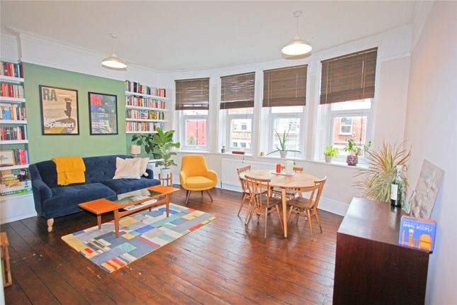2 bed flat for sale in Grand Parade, Green Lanes, London N4
