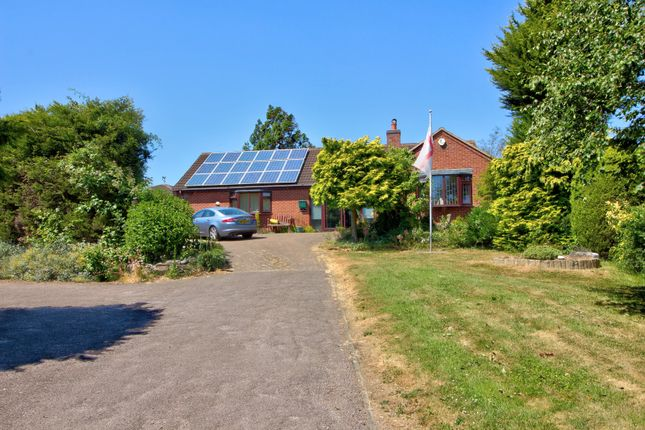 Thumbnail Bungalow for sale in Cold Overton Road, Oakham