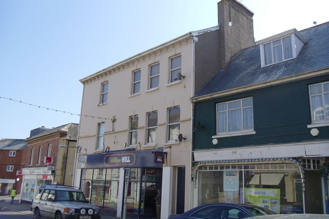 Thumbnail Flat to rent in 28 Queen Street, Seaton, Devon