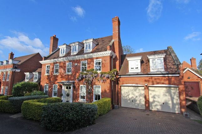 Thumbnail Property for sale in Wood Avenue, Hockley