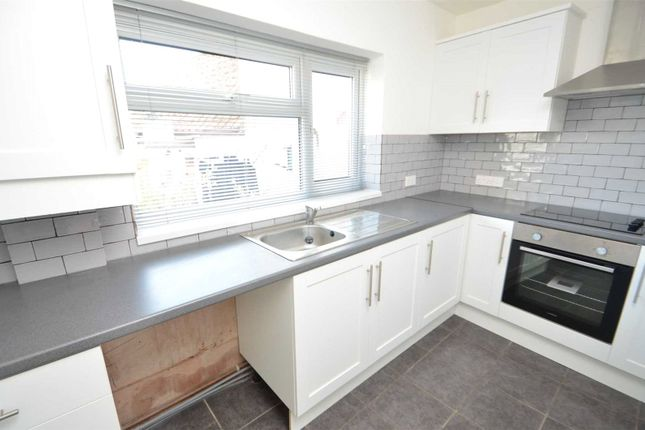 Thumbnail Terraced house to rent in The Square, Uffculme, Cullompton, Devon
