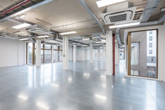 Office to let in Pentonville Road, Angel, London, UK