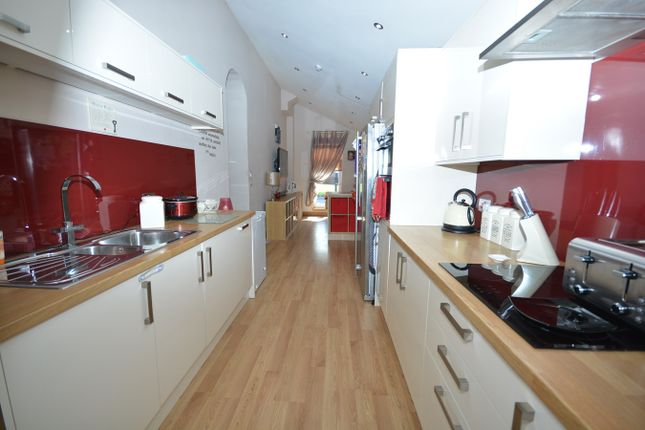 Thumbnail Property for sale in Darvel Road, Newmilns