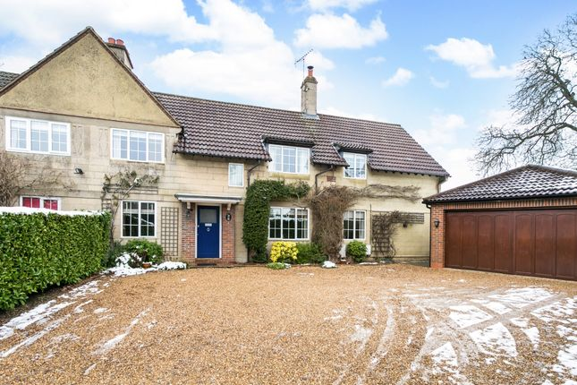 Thumbnail Semi-detached house to rent in Elm Close, Amersham