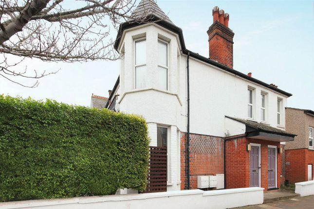1 bed flat to rent in Garden Flat, Buxton Gardens, Acton