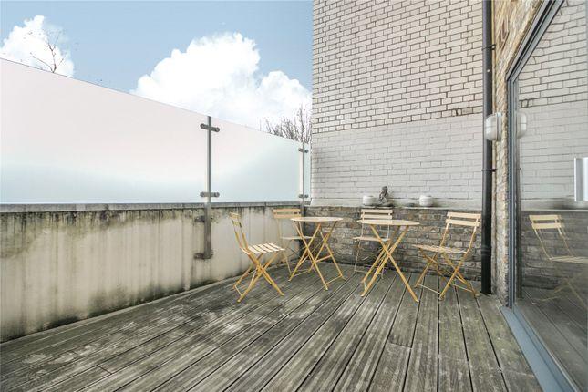 Terrace of Eastone Apartments, 10 Lolesworth Close, London E1