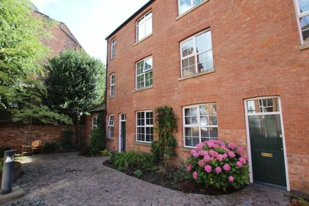 Thumbnail Cottage to rent in Peoples Hall Cottages, Nottingham