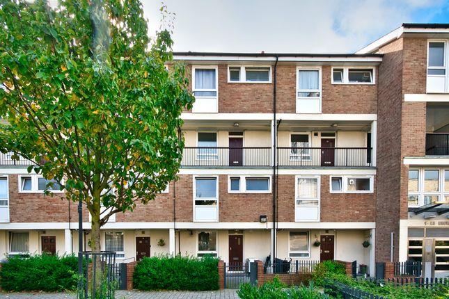 5 bed maisonette to rent in Brownfield Street, Poplar, London E14