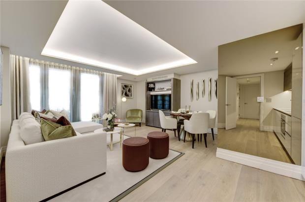 Thumbnail Flat for sale in 50 Kensington Gardens Square, Bayswater