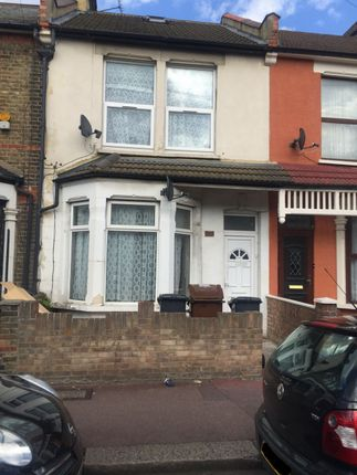 Thumbnail Flat to rent in Faircross Avenue, Barking