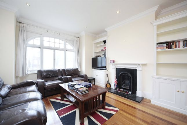 Thumbnail Flat to rent in Bedford Hill, Balham, London