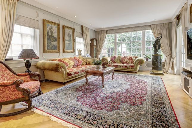 3 bed detached house for sale in Queens Grove, London