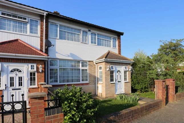 Thumbnail End terrace house to rent in Humber Way, Langley, Slough