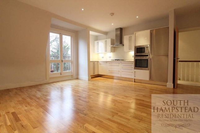 3 bed flat to rent in Goldhurst Terrace, South Hampstead, London