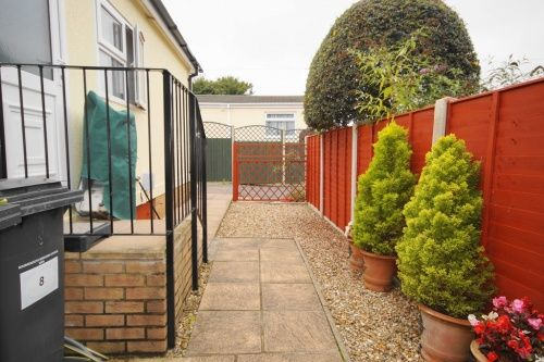 Roi Mar Home Park Throop Road Bournemouth BH8 2 Bedroom