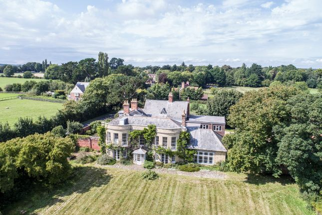 Thumbnail Country house for sale in Southampton Road, Boldre, Lymington