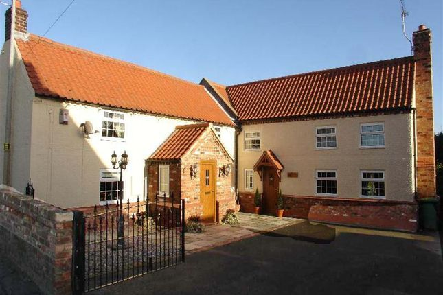 Thumbnail Cottage for sale in 83 High Street, Belton, Doncaster