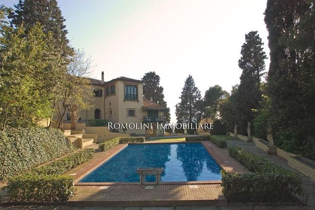 10 bed villa for sale in Gabicce, Marche, Italy