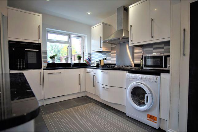 Thumbnail Semi-detached house to rent in Leamington Avenue, Morden
