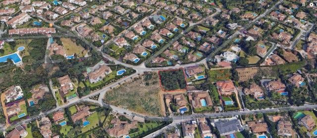 Thumbnail Land for sale in Spain, Málaga, Estepona
