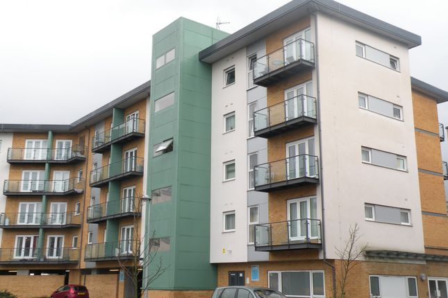 Thumbnail Flat to rent in Parkhouse Court, Hatfield