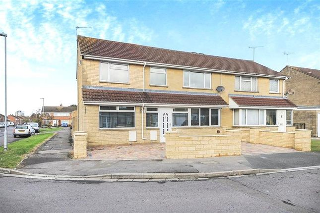 Thumbnail Property to rent in Pentridge Close, Swindon