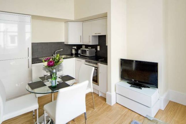 Thumbnail Flat to rent in St Martin`S Court, Covent Garden