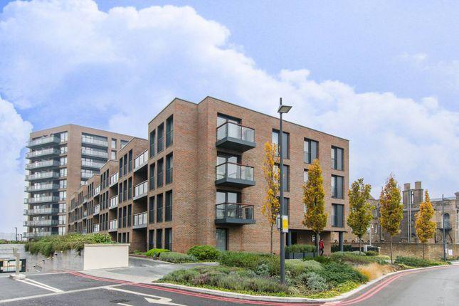 Thumbnail Flat to rent in Duke Of Wellington Avenue, Woolwich