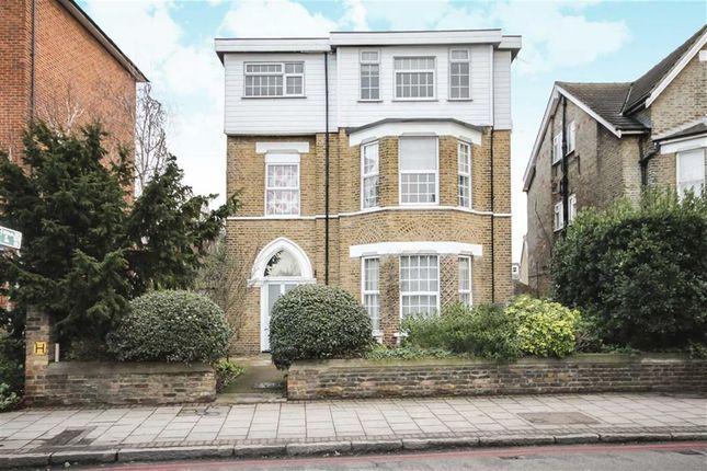 Thumbnail Flat to rent in Mortlake Road, Kew, Richmond