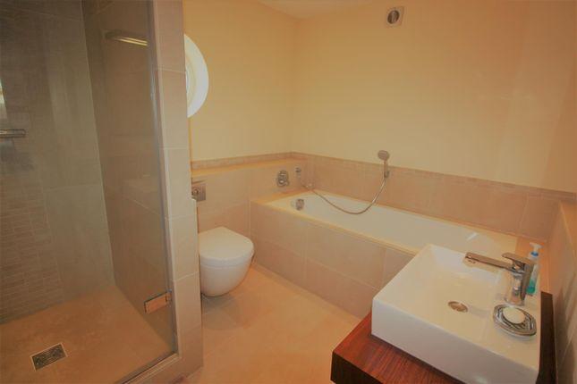 Bathroom of The Hamptons, Formby, Liverpool L37
